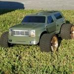 <strong class='magnific-title'>Traxxas E-Maxx</strong> Pro-Line 342300 1981 Ford Bronco for slash on an E-MAXX  Matthew S.