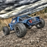 <strong class='magnific-title'>Axial Yeti Raptor</strong> Richard