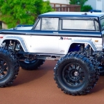 <strong class='magnific-title'>&#039;73 Ford Bronco</strong> Taylor