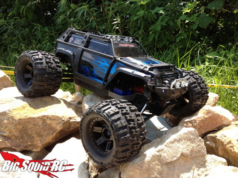 rock-crawling-traxxas-summit-770x578